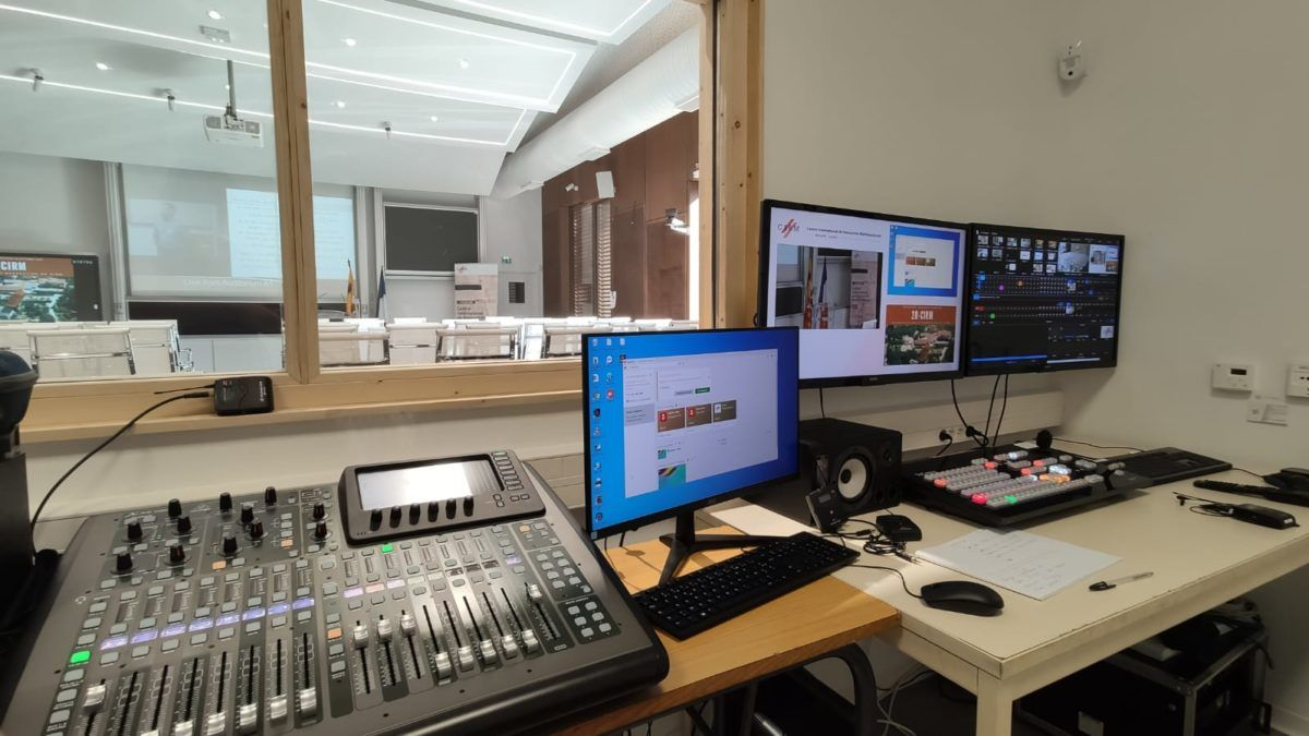 Integration Of An Automated Audiovisual Solution For The Cnrs Careprod A 360 Vision At The Service Of Your Projects
